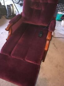 RISER CHAIR - RECENTLY RE-UPHOLSTERED .. GREAT WORKING CONDITION