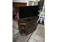 MODERN SOLID PINE ORNATE TV STAND / FISH TANK STAND. VIEWING/DELIVERY AVAILABLE