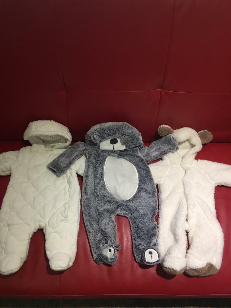 644a1812bab8 Baby snowsuits newborn and 0-3 months.