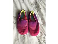 Skechers girls pumps size 11