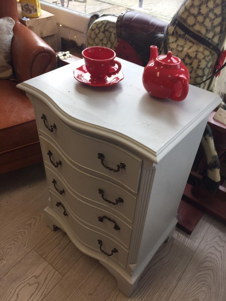 Chest of drawers only £35