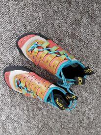 Women's climbing shoes & Harness + free chalk bag £80