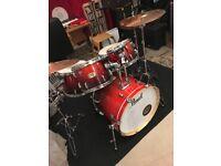 Drum Kit - Pearl Export ELX with Hardware and Cymbals