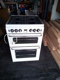 stoves Newhome gas cooker.