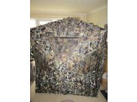 Fold out pop up wildlife camouflage photography hide
