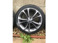 Original VW Alloy wheels 17