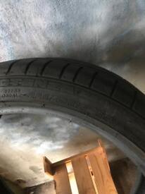 225/40/18 Bridgestone runflat tyre