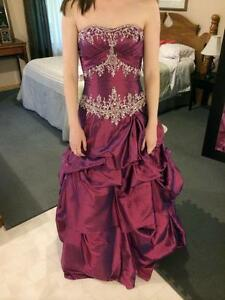 Sweetheart Strapless Prom Dress - Size 5/6 *PRICE DROP*