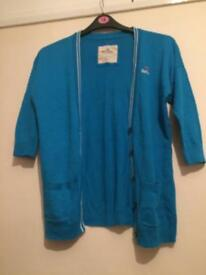 Women's size 8 blue 3/4 length sleeve hollister cardigan.
