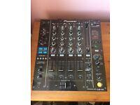 Pioneer DJM850 DJ mixer in Black. Great condition