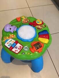 Leap frog activity table in great condition