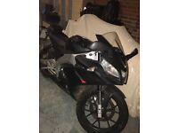 Aprilla rs4 125cc leaner legal motor bike.
