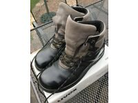 Uvex Safety Boots, UK Size 10 (44)