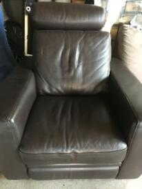 Manual leather arm chair