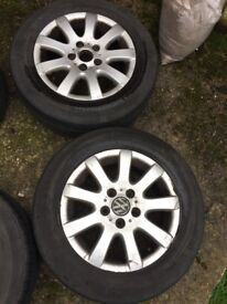 195/65/15 5/112 alloy wheels all tyres are useable 1 slightly work on the edge ia few scuffs £100