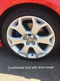 "Astra vxr 18"" snowflake alloys with tyres"