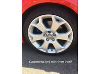 """Astra vxr 18"""" snowflake alloys with tyres"""
