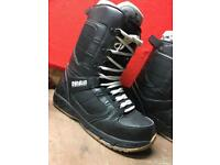 ThirtyTwo Snowboard Boots - Size 9