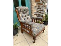 Antique arm/dining chair set