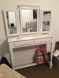 Shabby chic dressing table & 3 way mirror