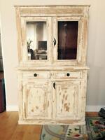 Buffet / armoire antique magnifique