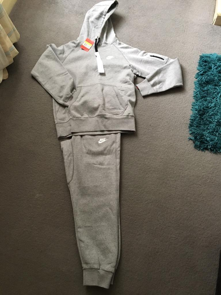 Tracksuit (Sin Leicester, LeicestershireGumtree - Mens small tracksuit for sale Brand new Brought but comes up too small so selling Paid 69.99 Contact if interested and will arrange collection