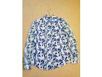 Blouse blue and white
