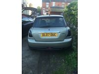 mini one 1.4 hatchback 2007 spaires or repairs starts and drives