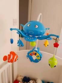 Baby crib musical toy