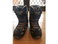 Thirty two advanced snowboarding boots size 10