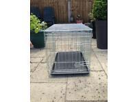 Medium dog crate / folds flat
