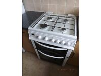 Near New Immaculate Twin Cavity White Bush Gas Cooker