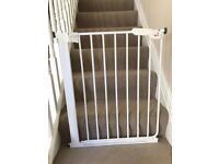 Babydan slim fit stair gate