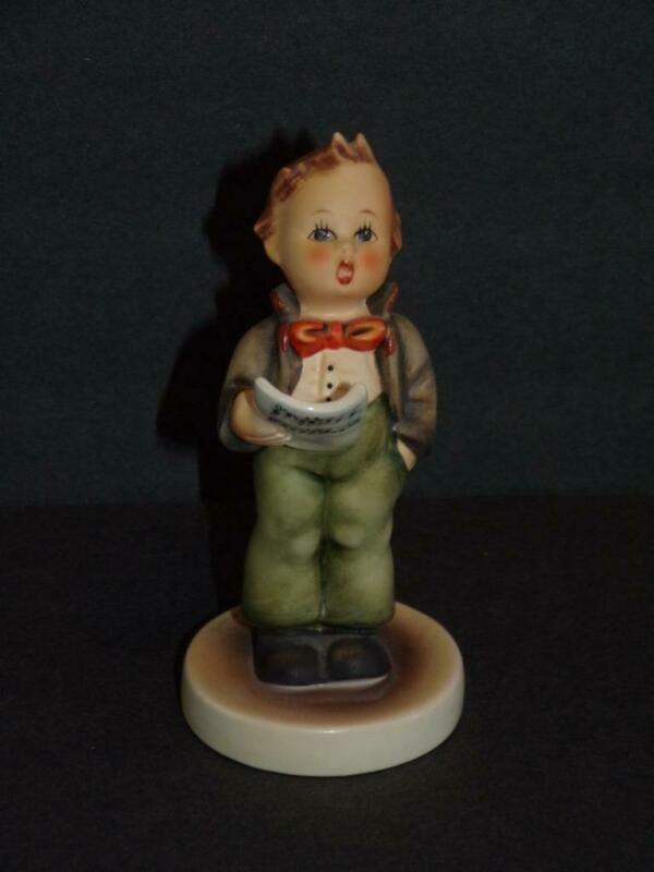 "4.75 TALL  Vintage Hummel Figurine #135 ""THE SOLOIST"" TMK5"