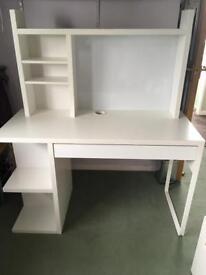Desk/Computer desk