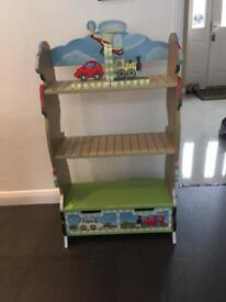 Teamson Transport Bookcase with Matching Bookends