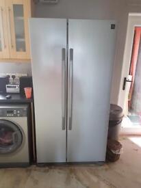 Silver American fridge freezer £199 guaranteed working mint mint condition