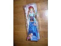 Disney Frozen Sparkle Princess Anna Doll, new in tatty box. Christmas..