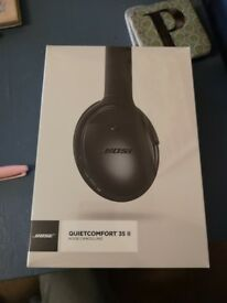 BOSE QUIET COMFORT 35 II NOISE CANCELLING HEADPHONES - brand new and still in wrapping