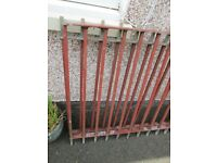 heavy metal fence two lengths £60 ONO