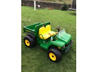 John Deere 12v Ride on Gator