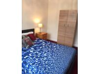 Double room to rent for short let