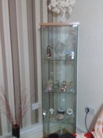 2 glass cabinets for sale,can be dismantled,also glass and chrome table