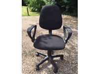 Height adjustable swivel desk chair