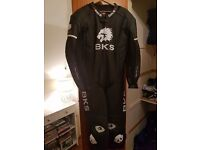 BKS one piece leathers like new