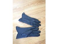 Small Navy Blue driving Gloves