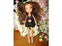 Bratz Doll With Outfit & Shoes