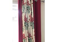 Deluxe curtains