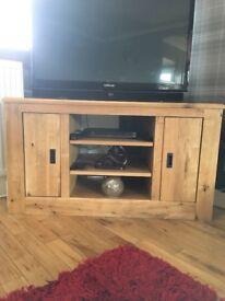 Hudson Solid Oak TV Corner unit