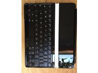iPad Logitech keyboard for use with iPad 4